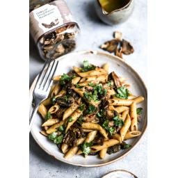 Charleys Health - Post 1 - One Pot Mushroom Pasta 5.jpg